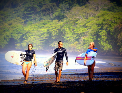 5 Reasons to Surf in Costa Rica